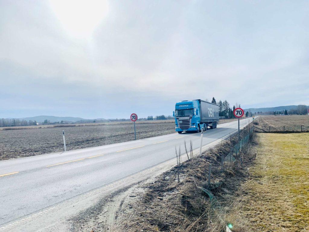 OVERTAR: Det er Nortransport AS som overtar driften av fylkesvegene i Solør fra 1. september. Illutrasjonsfoto: Liv Rønnaug Lilleåsen.